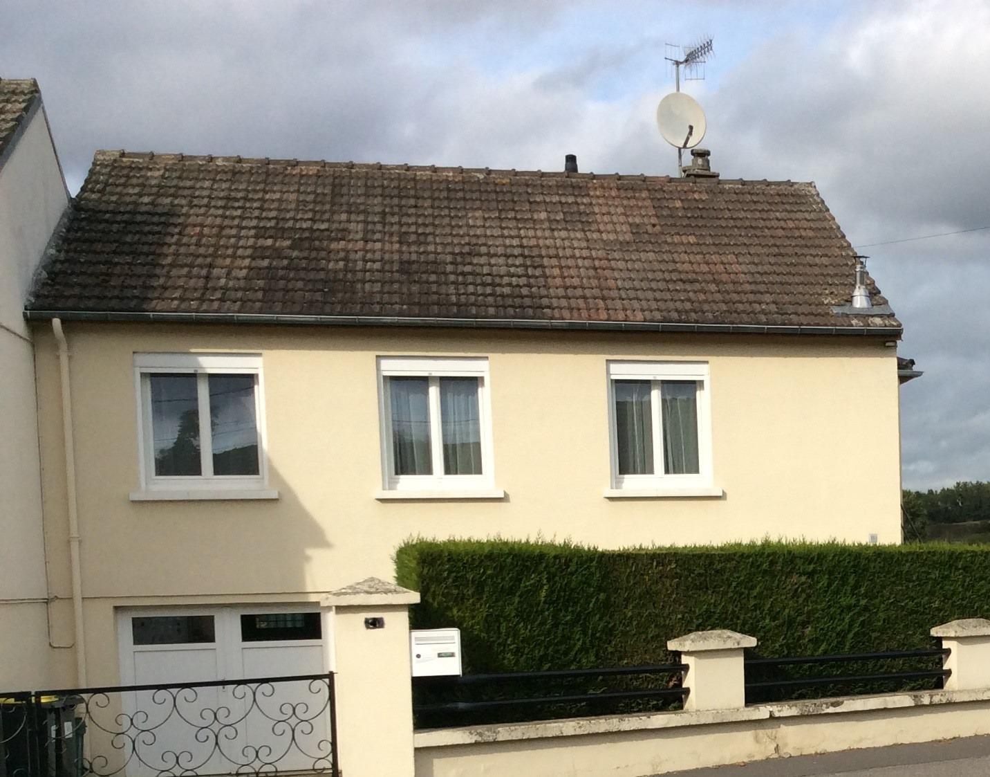 A VENDRE MAISON VIC SUR AISNE 02290Une maison…